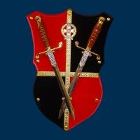 Сувенирное оружие, Щит с 2-мя кортиками сувенирными