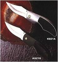 K821BНож складной с фикс., метал. рукоятка черного цвета с резиновыми вставками